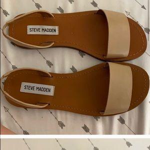 Steve Madden Tan sandals slides